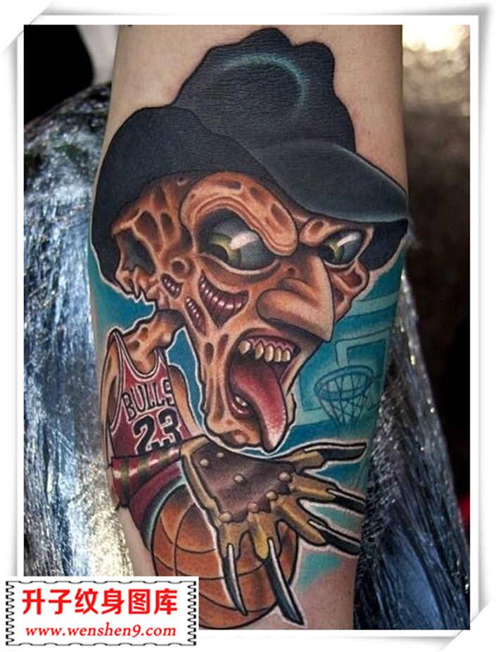 欧美纹身 兔子与蛇纹身图案            骷髅头纹身机纹身